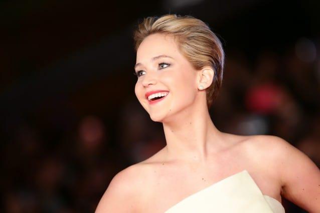 Il-look-di-Jennifer-Lawrence-alla-prima-romana-di-Hunger-Games-la-ragazza-di-fuoco-638x425