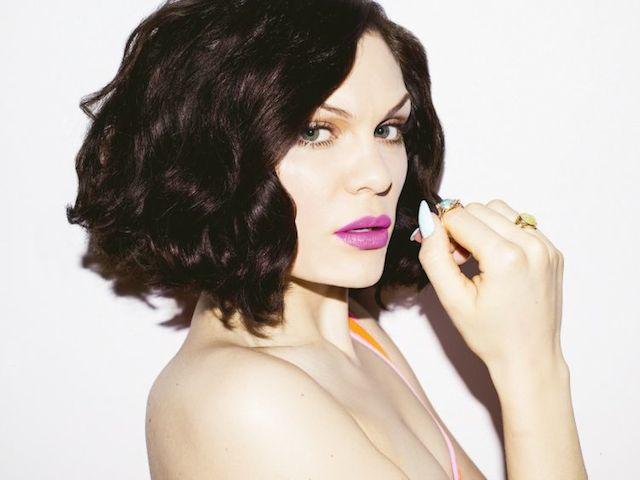 Jessie J_Photo_Bang Bang_300CMYK_foto di Matt Irwin_4_m