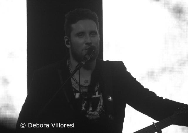 Il Cile durante il concerto al Tunnel di Milano.